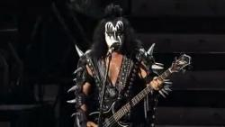 Kiss - Rock The Nation Live (2005) DVDRip от MediaClub {Android}