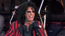 Alice Cooper - Raise The Dead: Live From Wacken (2014) DVDRip от MediaClub {Android}