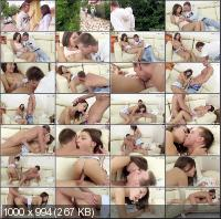 ClubSevenTeen - Alexis - Alexis Seduced By Neighbour [HD 720p]